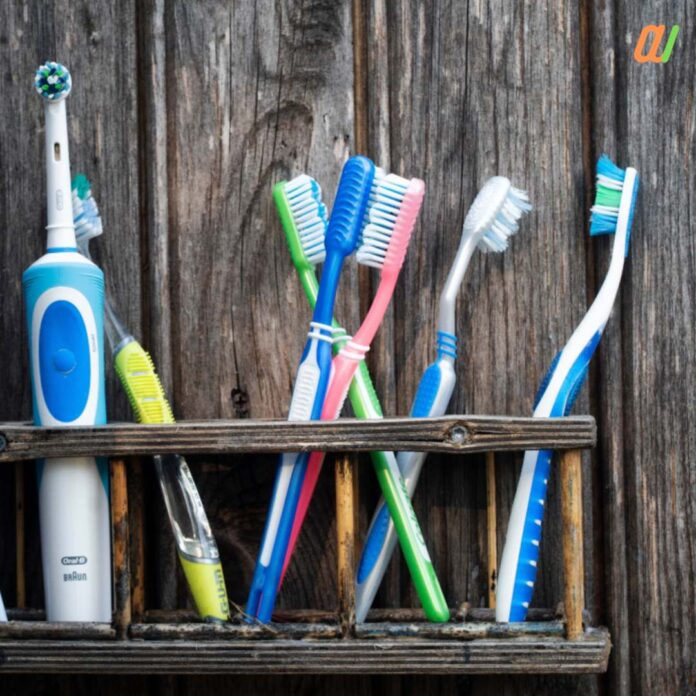 why you should change your tooth-brush after corona recovery all details in hindi